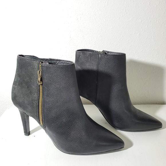 LIEBESKIN Berlin Black Leather Ankle Booties Sz 40